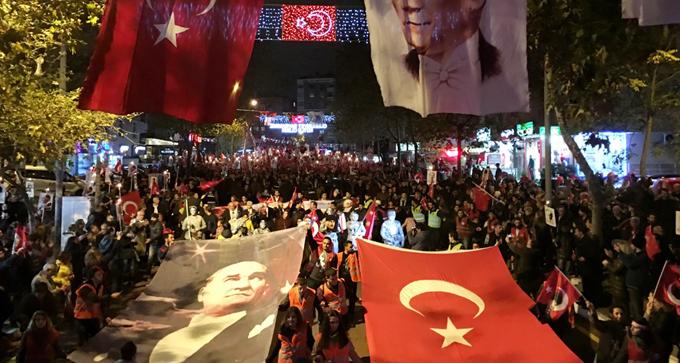 Cumhuriyet Bayramı Kartal'da coşkuyla kutlandı