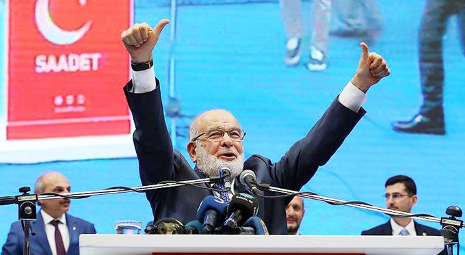 Saadet Partisi'nin yeni Genel Başkanı Temel Karamollaoğlu oldu