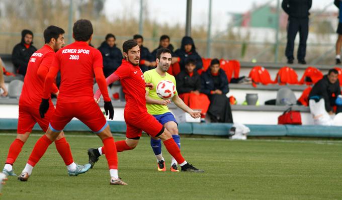 Kartalspor ilk hazırlık maçından galibiyetle ayrıldı.