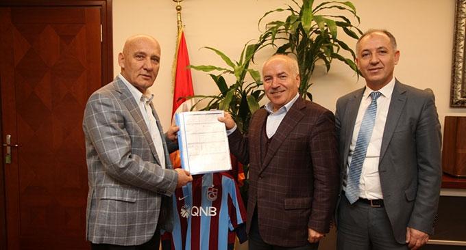 Trabzonspor Kulübü genel sekreterinden Başkan Altınok Öz'e ziyaret