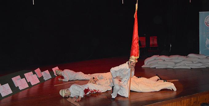 18 Mart Çanakkale Deniz Zaferi Ve Şehitleri Anma Günü Programı Yapıldı