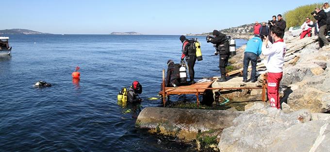 Kartal Belediyesi'nden Dünya Su Günü Kapsamında Deniz Dibi Temizliği