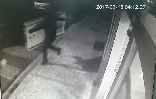 Televizyon hırsızları kamerada