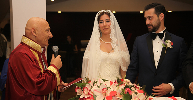 Başkan Altınok Öz Genç Çiftin Nikahını Kıydı