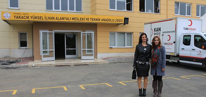 Türk Kızılay'ı kan bağışı kampanyası düzenledi