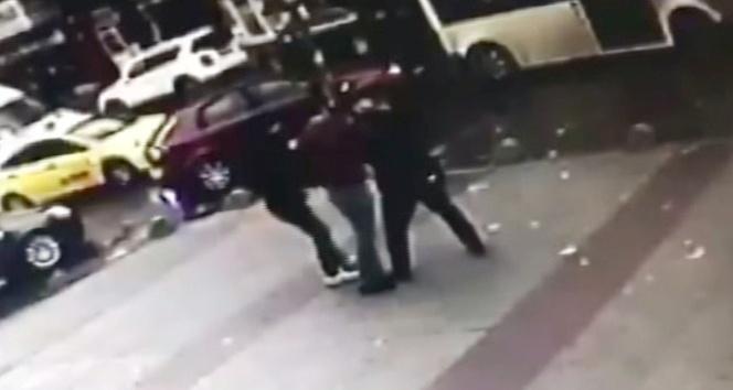 Minibüs şoförü, yaşlı adamı demir zincirle dövdü