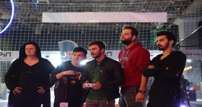 Drone Ligi, Games Week İstanbul Fuarında kapılarını meraklılarına açtı