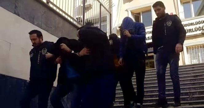 4 kişilik çete polis ekipleri tarafından yakalanarak gözaltına alındı