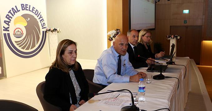 Başkan Öz, Bülent Ecevit Kültür Merkezi'nde bir toplantıya katıldı