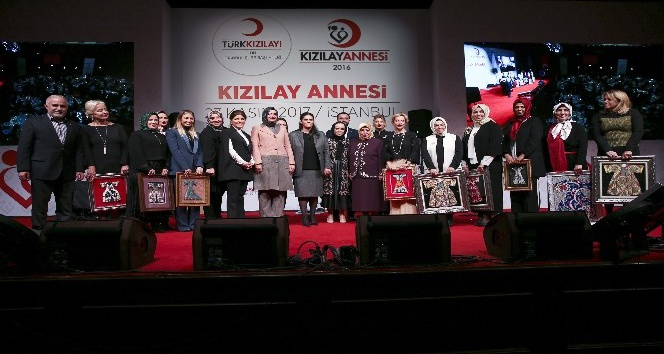 Semiha Yıldırım'ın katılımıyla 'Kızılay Annesi Projesi' toplantısı gerçekleşti