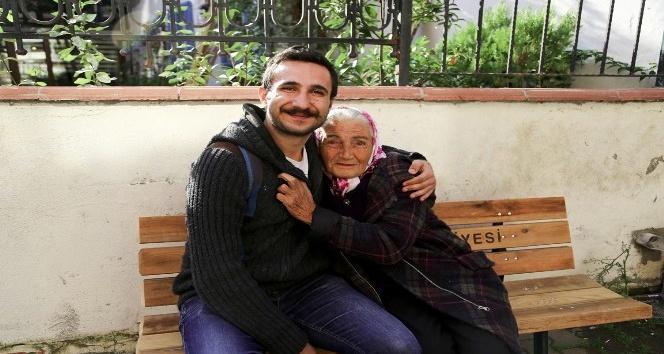 Başkan Ali Kılıç, 78 yaşındaki Güler Soytekin'in yüzünü güldürdü