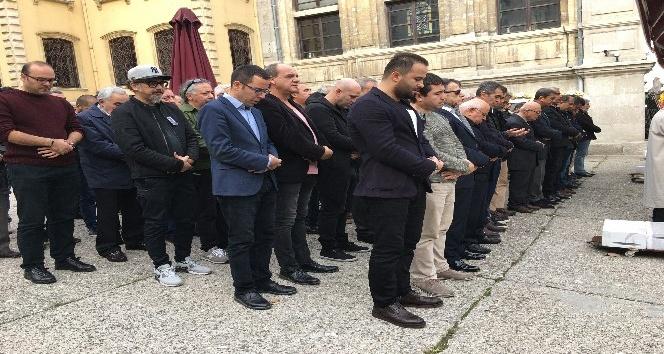 Sertab Erener'in babası hayatını kaybetti
