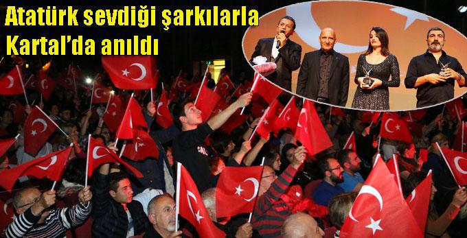 Atatürk sevdiği şarkılarla Kartal'da anıldı