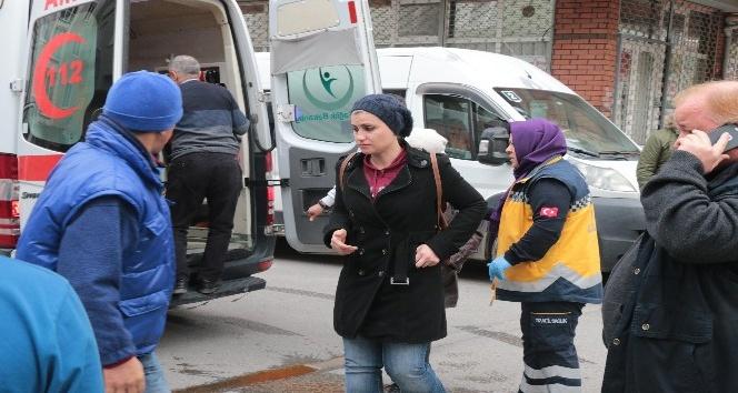 Kartal'da iki minibüs çarpıştı: 6 yaralı
