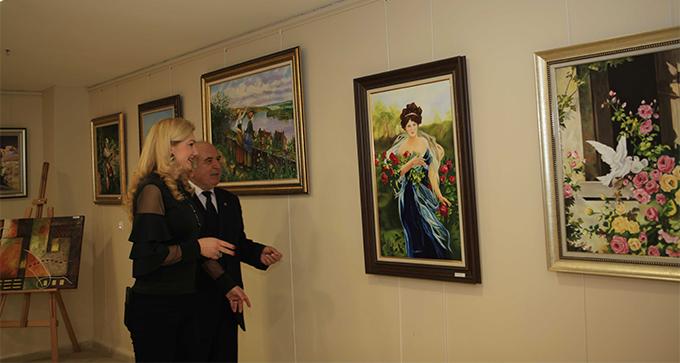 Kartal'da açılan sergi, sanatseverlerden yoğun ilgi gördü