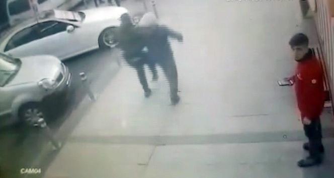 Afrine destek yürüyüşünde 3 kişinin vurulduğu silahlı saldırı kamerada