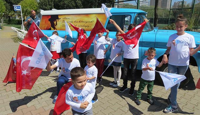 Çocuklarla 23 Nisan konvoyu