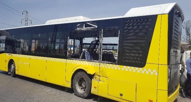 Kayabaşı'nda hafriyat kamyonu İETT otobüsüne çarptı: 2'si bebek 5 yaralı