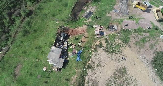 Dehşet Çiftliği Maltepe Belediyesi ekipleri tarafından yıkıldı