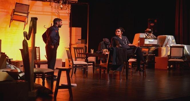 Arthur Miller'in ünlü eseri 'Bedel' Maltepe'de sahnelendi