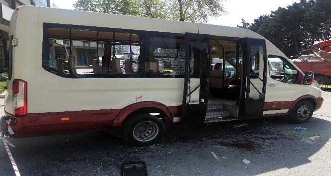 Toptancılar Çarşısı'nda minibüse silahlı saldırı