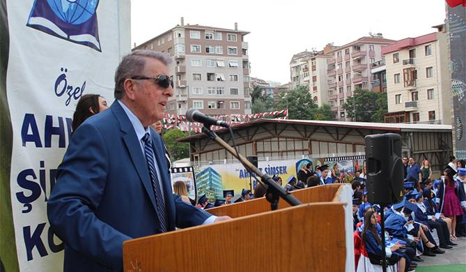 """Ahmet Şimşek: """"Yolunuz açık olsun"""""""