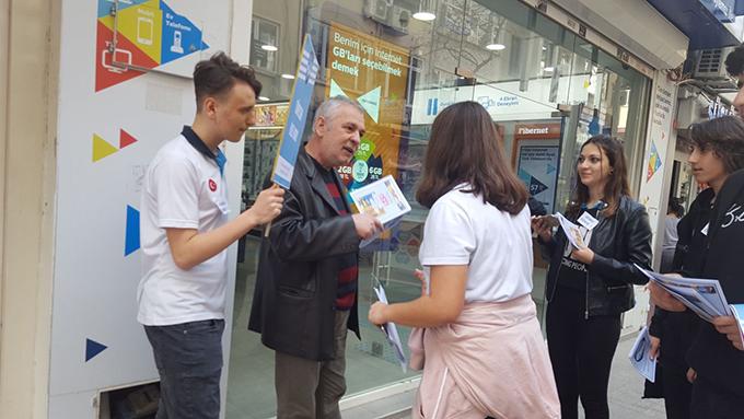Ahmet Şimşekli öğrenciler tüketici haklarına dikkat çektiler