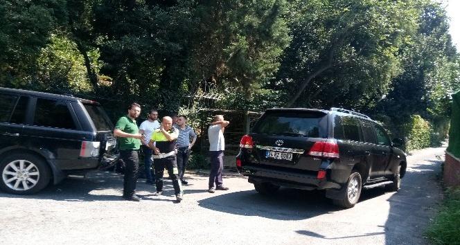 Adnan Oktar'ın villasındaki lüks araçlar çekildi