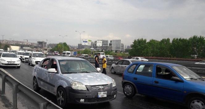 E-5'te yağmur zincirleme kaza getirdi