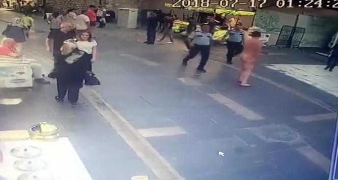 Dehşet saçan çıplak adamı, polis etkisiz hale getirdi