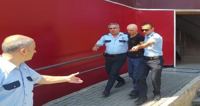 Kartal'da tacizci önce kameraya sonra polise yakalandı