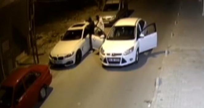 Hırsızların üçüncü denemesinde otomobili böyle soydular