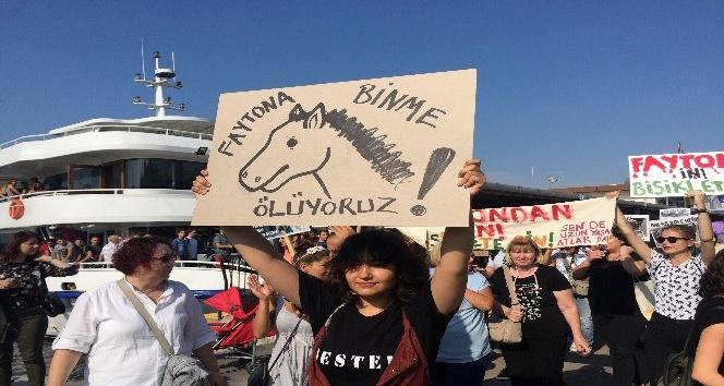 Büyükada'da 'Faytona son, atlara özgürlük' eylemi