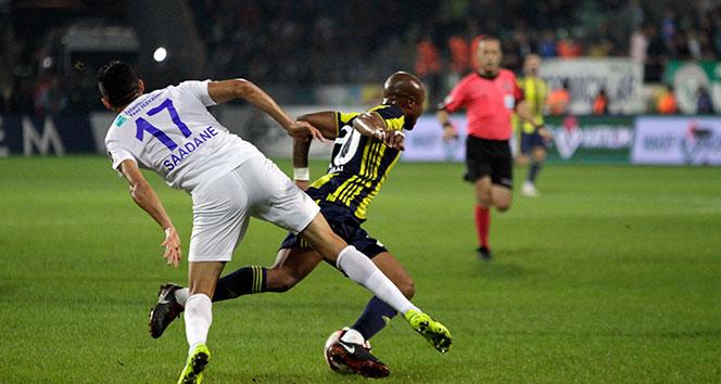Çaykur Rizespor, Fenerbahçe'yi 3-0'lık skorla mağlup etti
