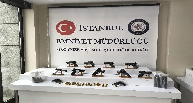 Ümraniye'de yasa dışı silah imalatı ve ticareti yapılan adrese operasyon