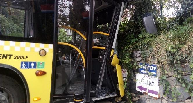 Kontrolden çıkan otobüs, duvara çarptı: 8 yaralı