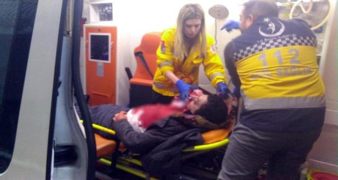 Lüks otomobile silahlı saldırı: 2 kişi yaralandı