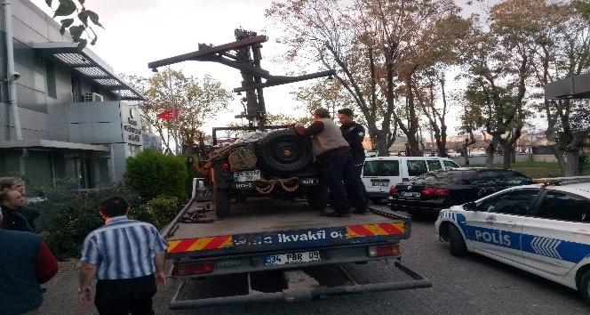 Maket uçaksavarla trafikte seyreden araç sürücüsü yakalandı