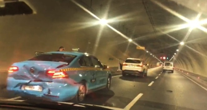 Avrasya Tüneli'nde maddi hasarlı kaza