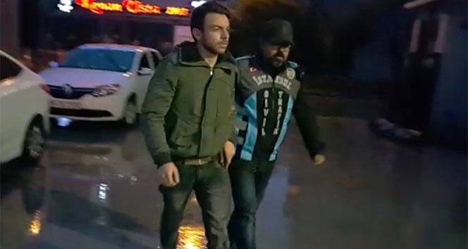 Maltepe'de asker uğurlamasında terör estiren maganda yakalandı