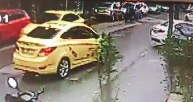 Pendik'te ticari taksi şoföründen insanlık dersi