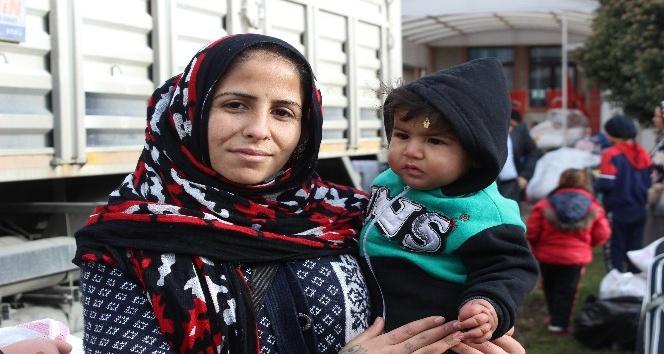 150 Suriyeli ülkesinin yolunu tuttu