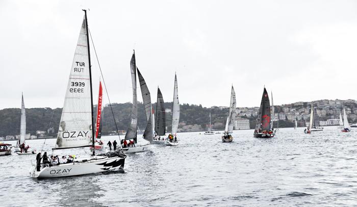 """İstanbul Boğazı'nda Yılın Son Yarışı  """"BAU Bosphorus Sailing Cup 2020"""""""